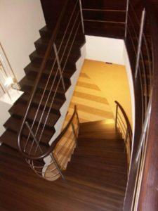 Domański modne schody wewnętrzne