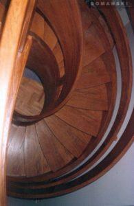 Domański schody wewnętrzne drewniane