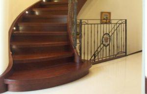 Domański schody drewniane nowoczesne