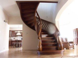 producent schodów drewnianych