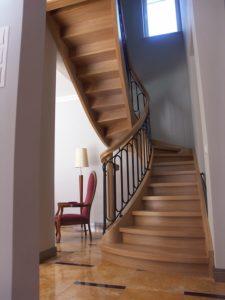 Domański zabudowa schodów wewnętrznych