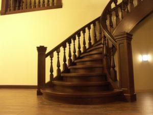 Domański projekt schodów wewnętrznych