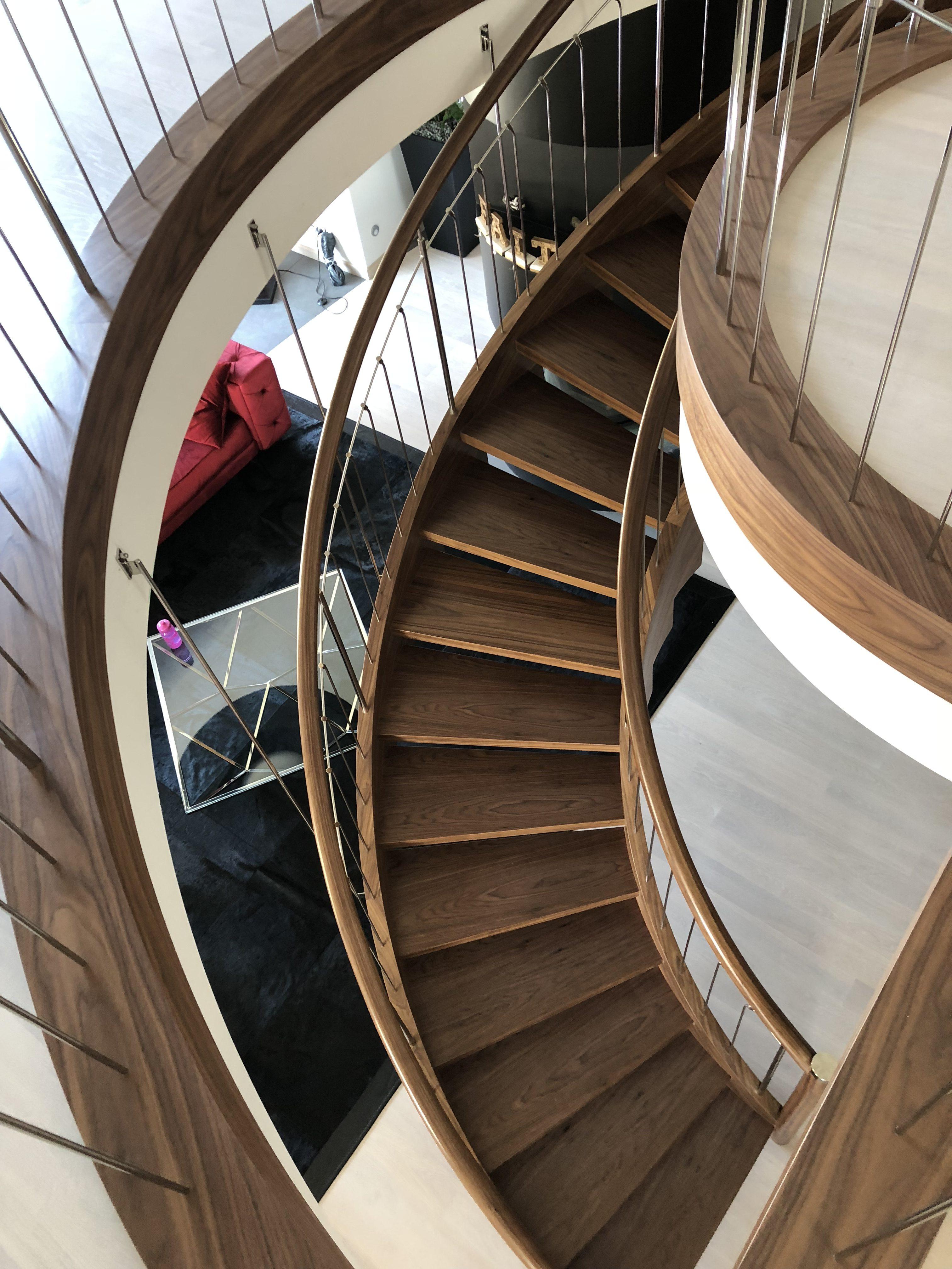 schody wewnętrzne drewniane firmy domanski