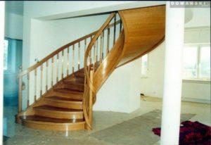 schody z drewna firmy Domański